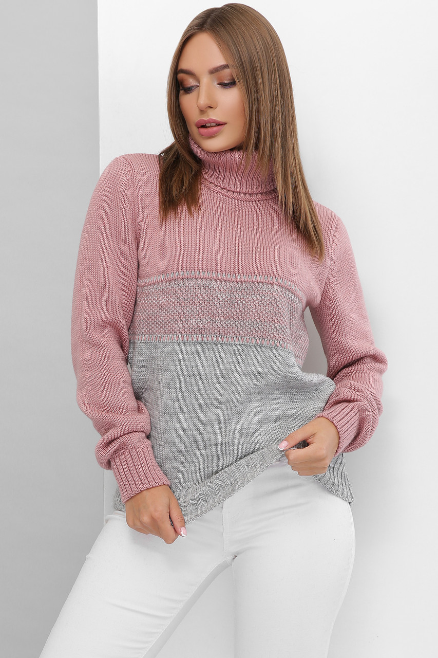 Вязаный женский свитер под горло прямого силуэта из качественной мягкой пряжи роза-темно-серый