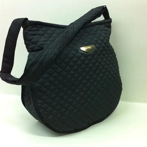Стьобана жіноча Сумка міська. Регулюється величина сумки. Чорна