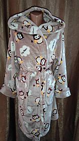 Женский махровый халат на запах бежевый Совы, Короткий халат на запах с капюшоном