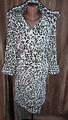 Махровий халат на запах Леопардовий принт, Короткий халат на запах з капюшоном