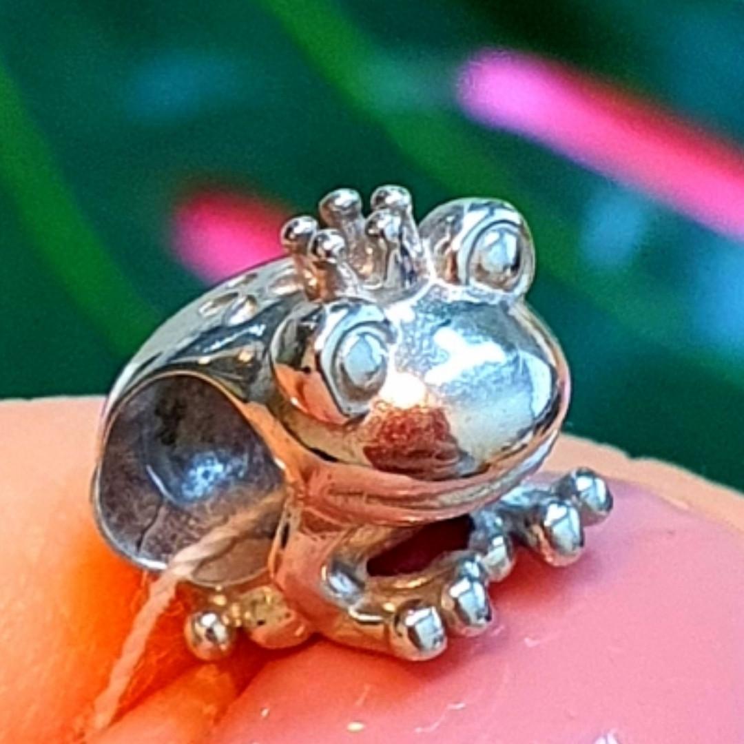 Серебряный шарм Царевна Лягушка - Шарм в стиле пандора Жабка серебро