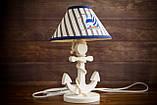 Деревянная белая настольная лампа, Якорь с вышитым абажуром., фото 5