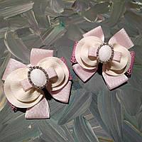 Нежно розовые бантики для девочки