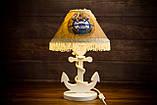 Деревянная белая настольная лампа, Якорь с вышитым абажуром., фото 3