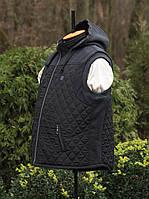 Мужская безрукавка с капюшоном