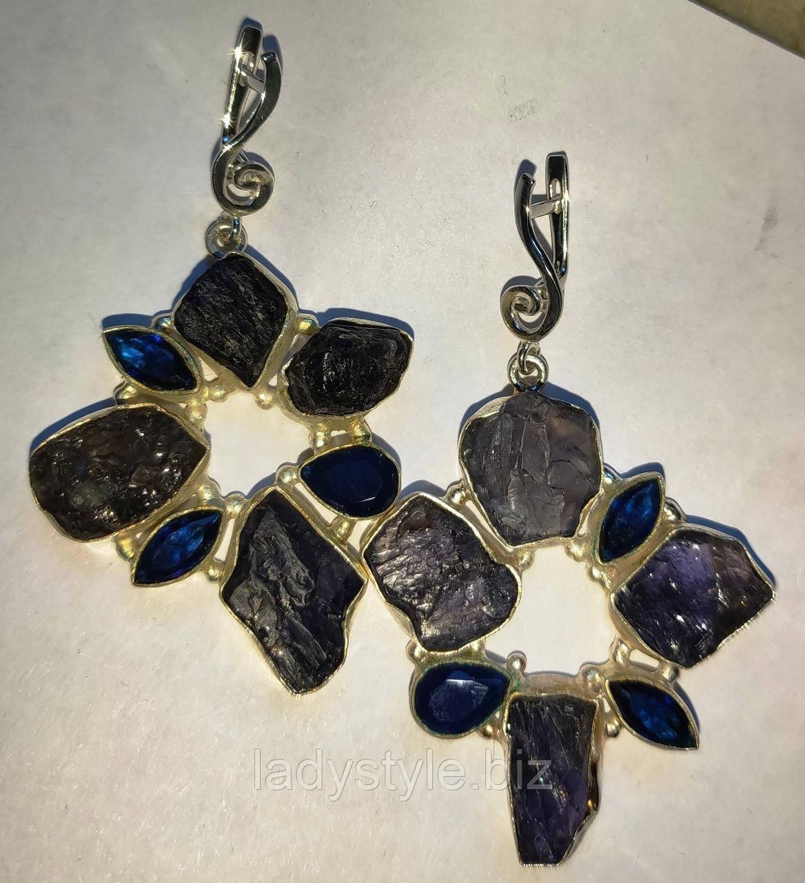 Серебряные серьги с  иолитами