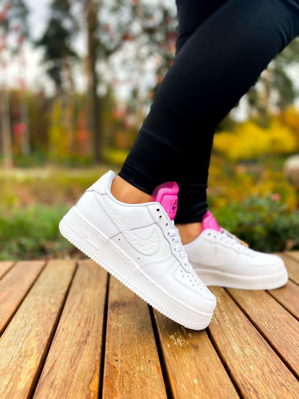 Белые женские Кроссовки Nike Air Force 1