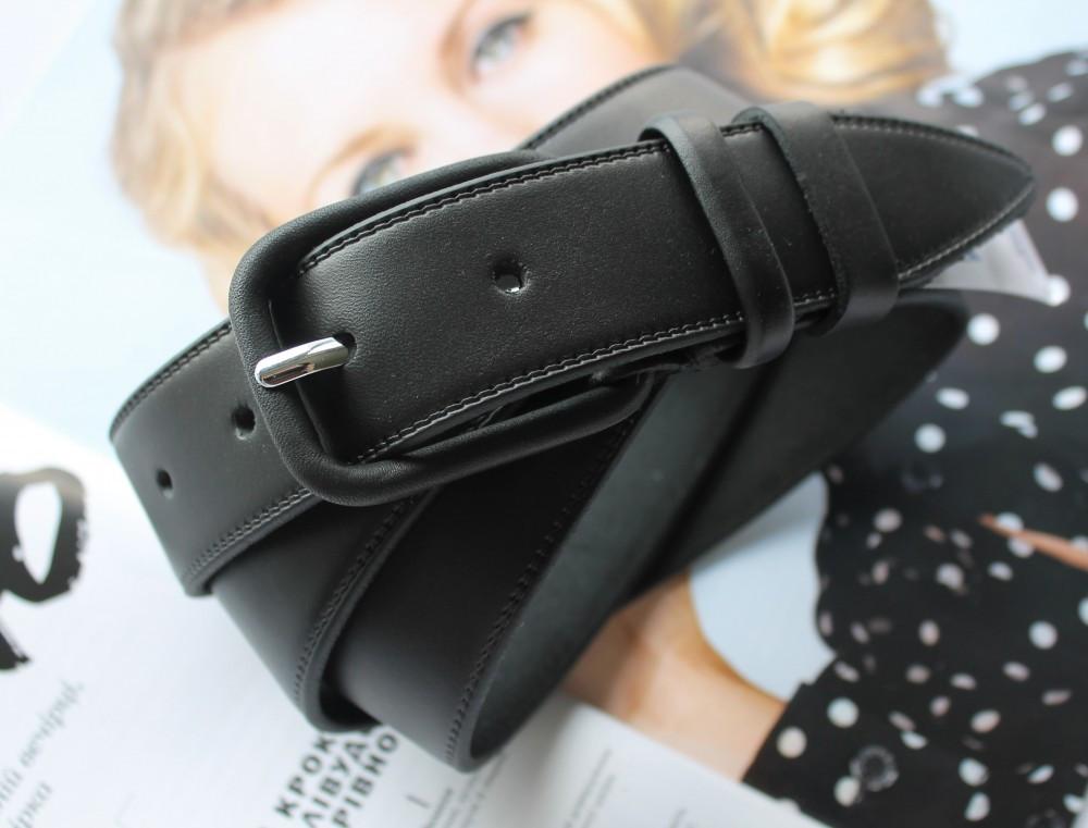 Женский кожаный моноцветный ремень черный