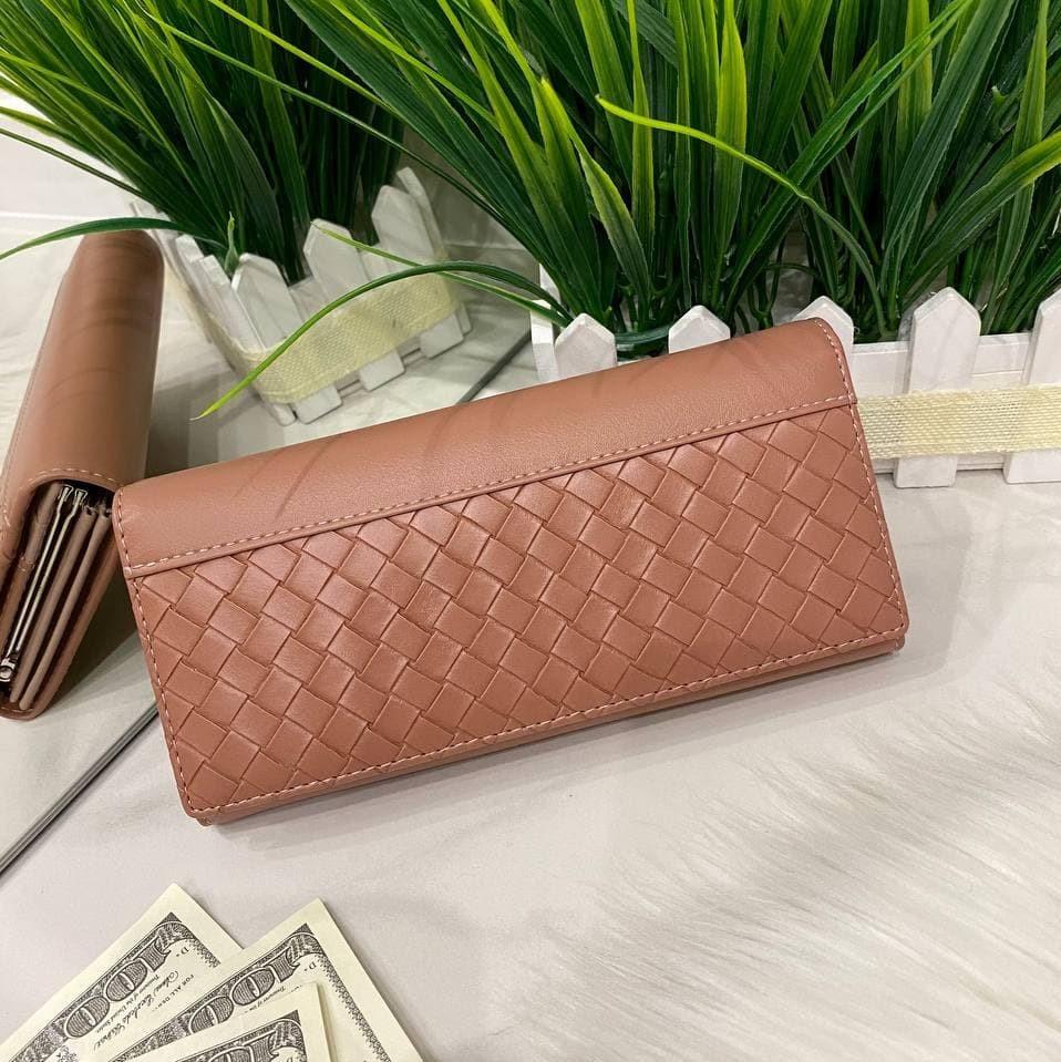 Жіночий гаманець на магнітах Asti пудровий КАМ49