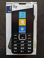 Кнопочный мобильный телефон Fly FF243 Black