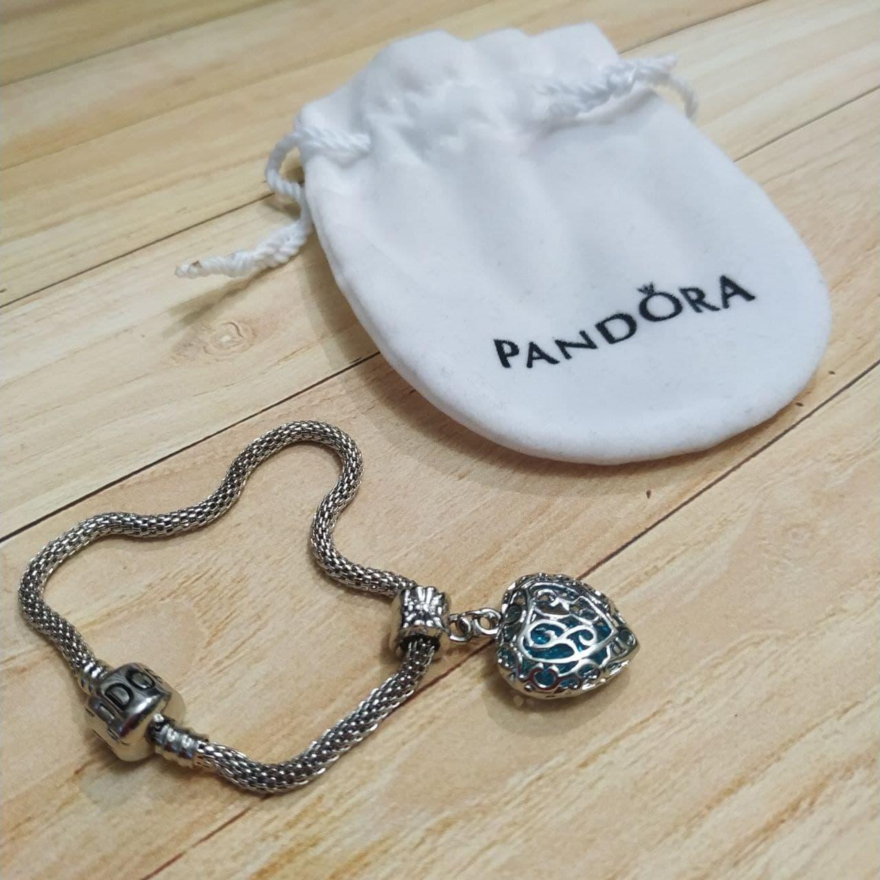 Стильный женский браслет в стиле Pandora