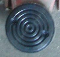 Резиновая подушка на лапу автомобильного подъемника