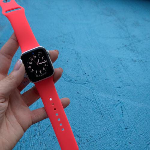 Силиконовый ремешок для apple watch 38 / 40 мм  Sport Band coral (Коралл)