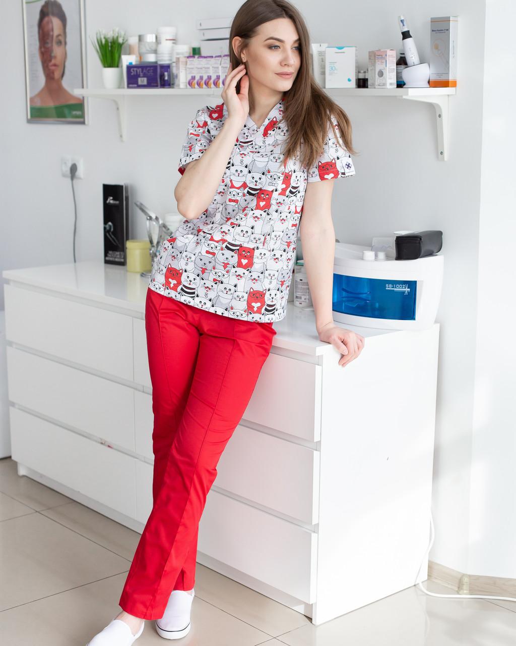 Медицинский женский костюм Топаз принт коты