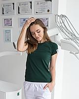 Медицинская женская футболка, зеленая