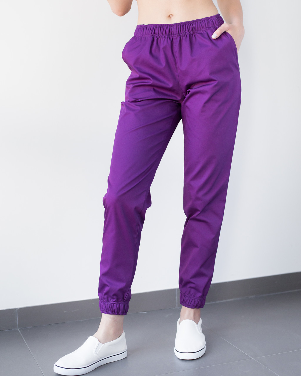 Медицинские женские джоггеры фиолетовые