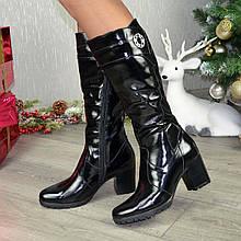 Женские лаковые сапоги на устойчивом каблуке. Цвет черный. Батал