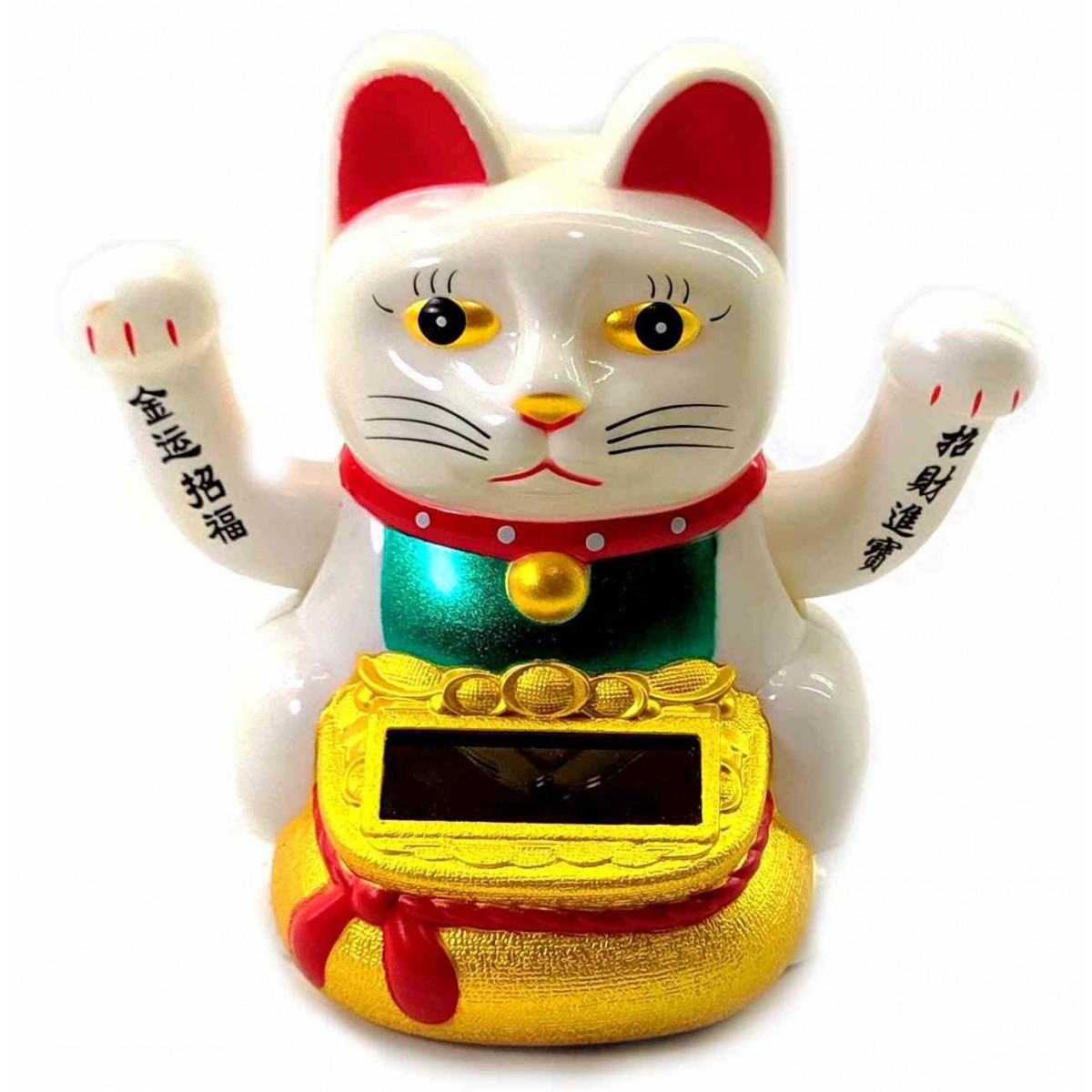 Кошка Манэки-Нэко на солнечной батарее.