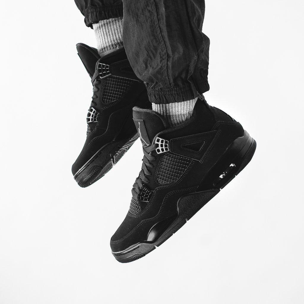 Кроссовки мужские Nike Air Jordan Retro 4 Black в стиле найк джордан (Реплика ААА+)