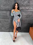 Женское блестящее платье-миди на запах с поясом, фото 5