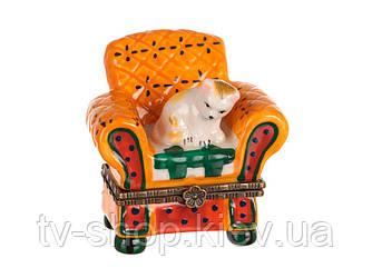 Шкатулка фарфоровая Кот в кресле,6х6 см
