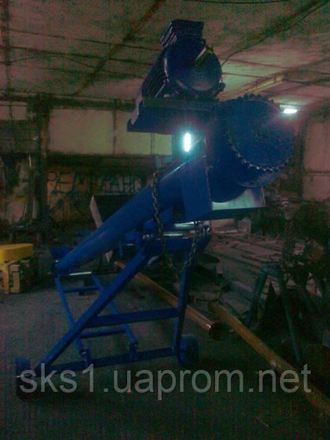 Винтовой конвейер на колесах, мобильный шнековый конвейер