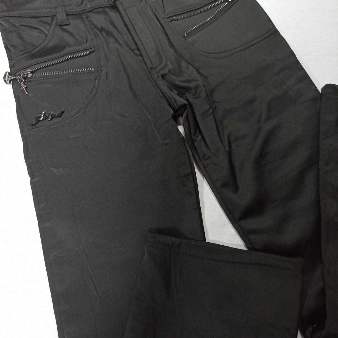 Брюки модные теплые классические чёрного цвета на флисе для девочки.
