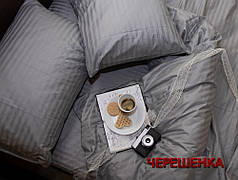 Полуторный набор постельного белья 150*220 из Страйп Сатина №50122 Черешенка™