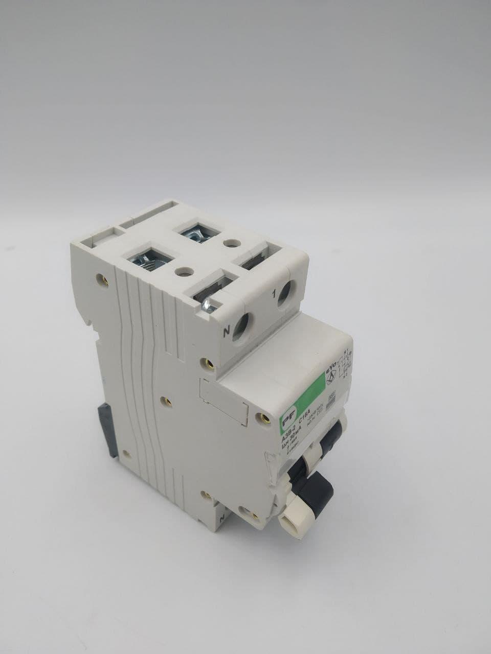 Автоматический выключатель защитного отключения ПРОМФАКТОР АЗВ-2 EVO 1Р+N С16А/0,03А