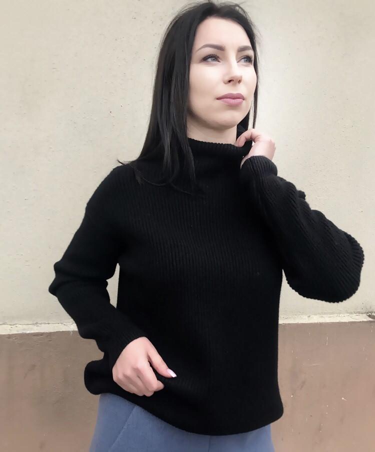 Женский тёплый свитер Италия 78-57 черного цвета oversize