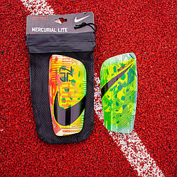Футбольні щитки Nike Mercurial Lite