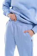 Штаны женские джогеры теплые на флисе зимние спортивные Basic Intruder голубые Oversize S/M, фото 3