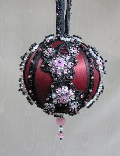 Игрушки из пенопластовых шаров