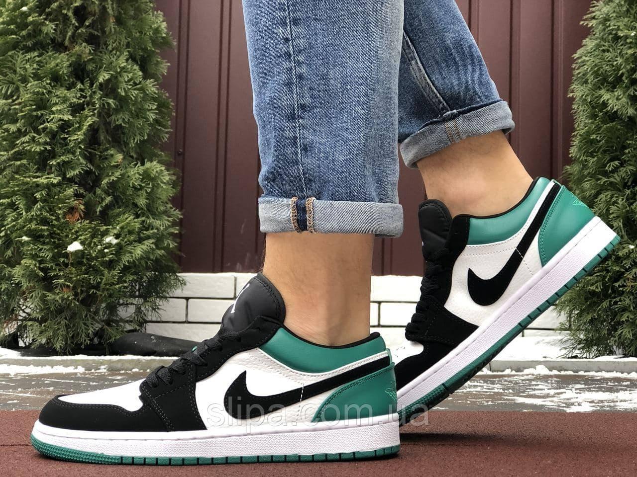 Мужские кожаные кроссовки в стиле Nike Air Jordan 1 Low белые с зелёным