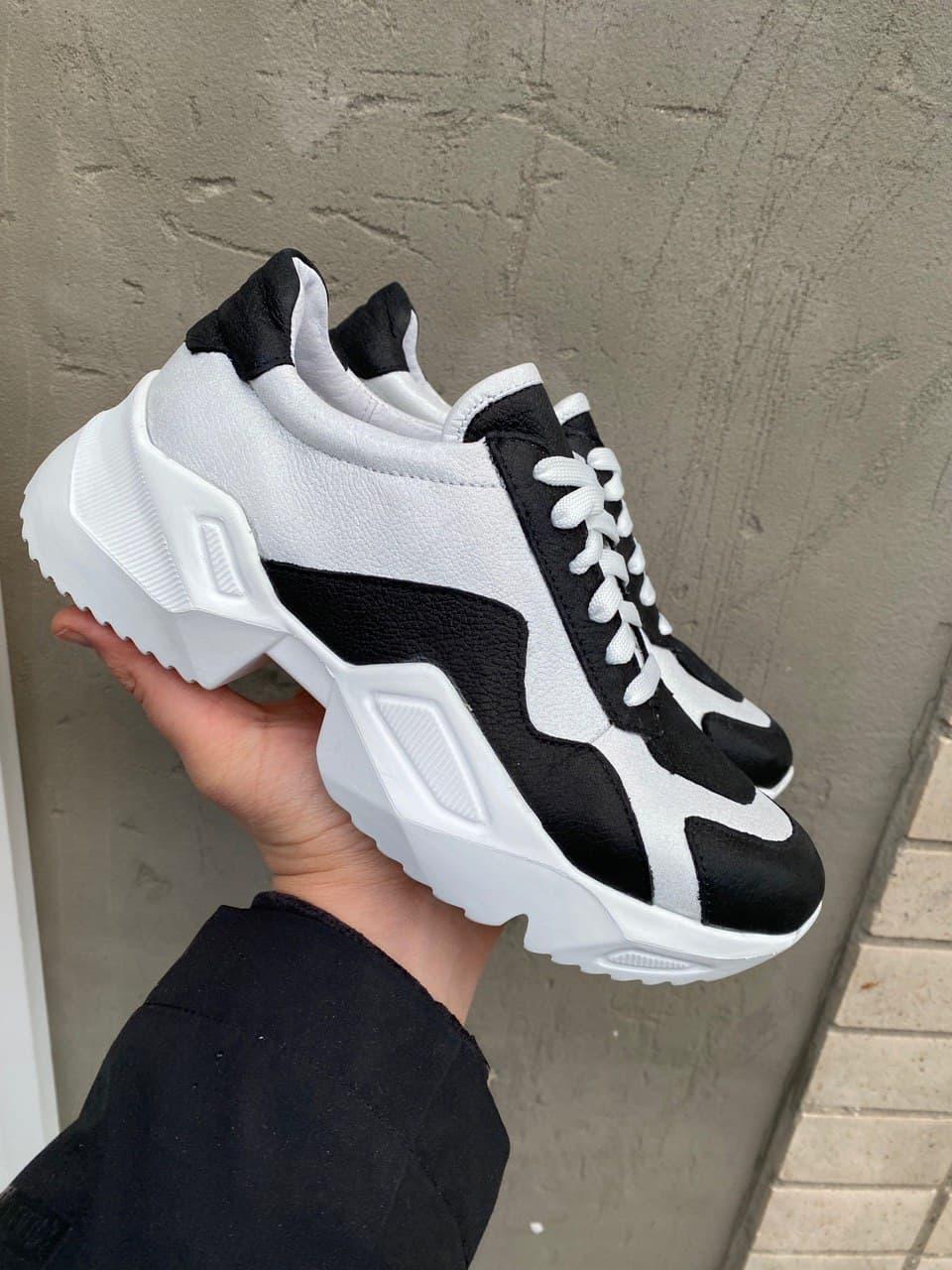 Женские кроссовки кожаные весна/осень белые-черные Obr 21133 White Edition