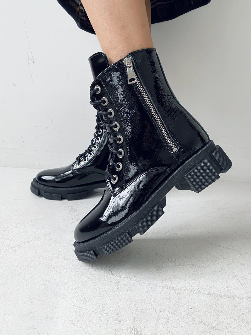Женские ботинки кожаные весна/осень черные-лак Yuves 129 байка