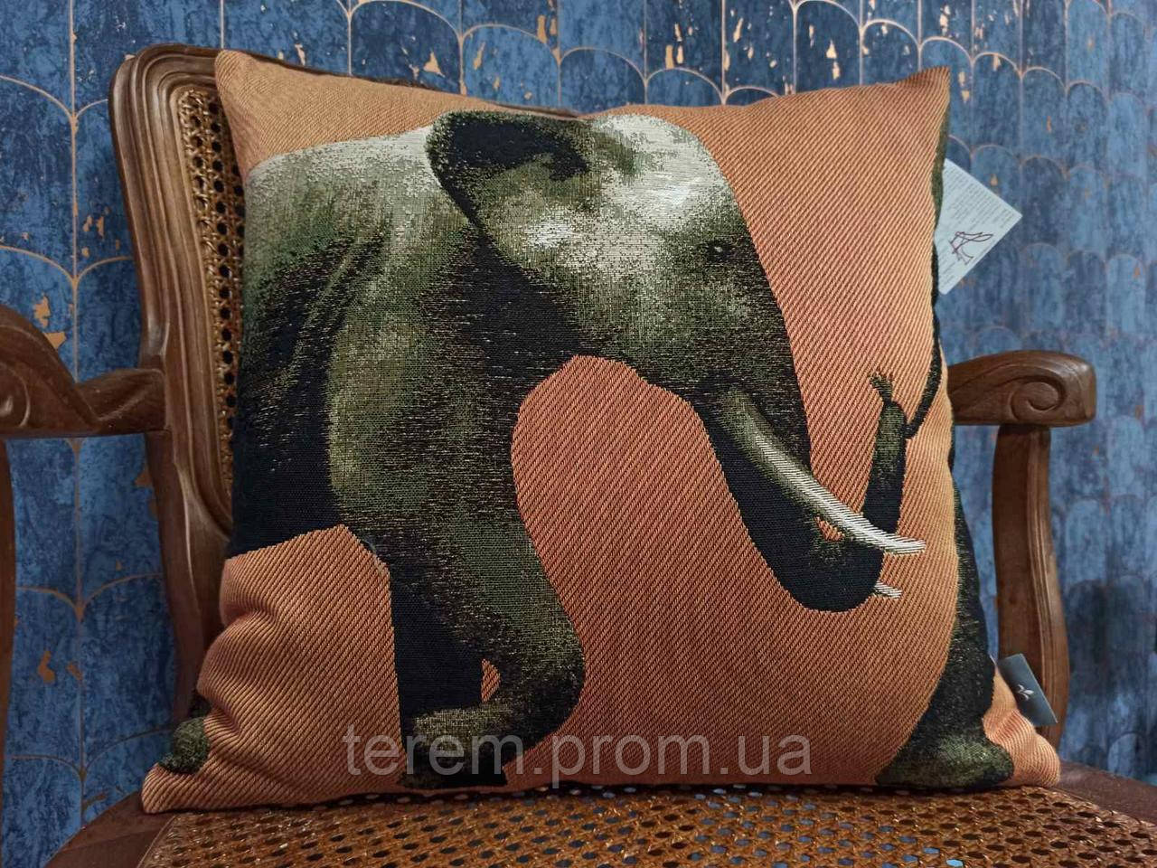 """Подушка гобеленовая Art de Lys """"Парад слонов"""" 50х50"""