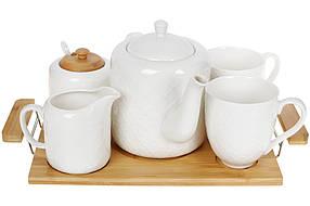 Чайный фарфоровый набор на бамбуковом подносе: чайник, молочник, сахарница и две кружки 36см (289-327)