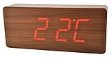 Стильные настольные часы под дерево VST862 с красной подсветкой, фото 6