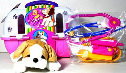 Собака у валізі з аптечкою 121
