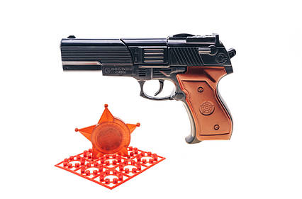 Шахаб іграшковий пістолет з пістонами та нагрудний значок 124