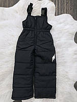 Зимние штанишки-полукомбинезон со светоотражательным рисунком Черные