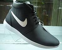 Ботинки  Nike Roshe Run черные с белым зима