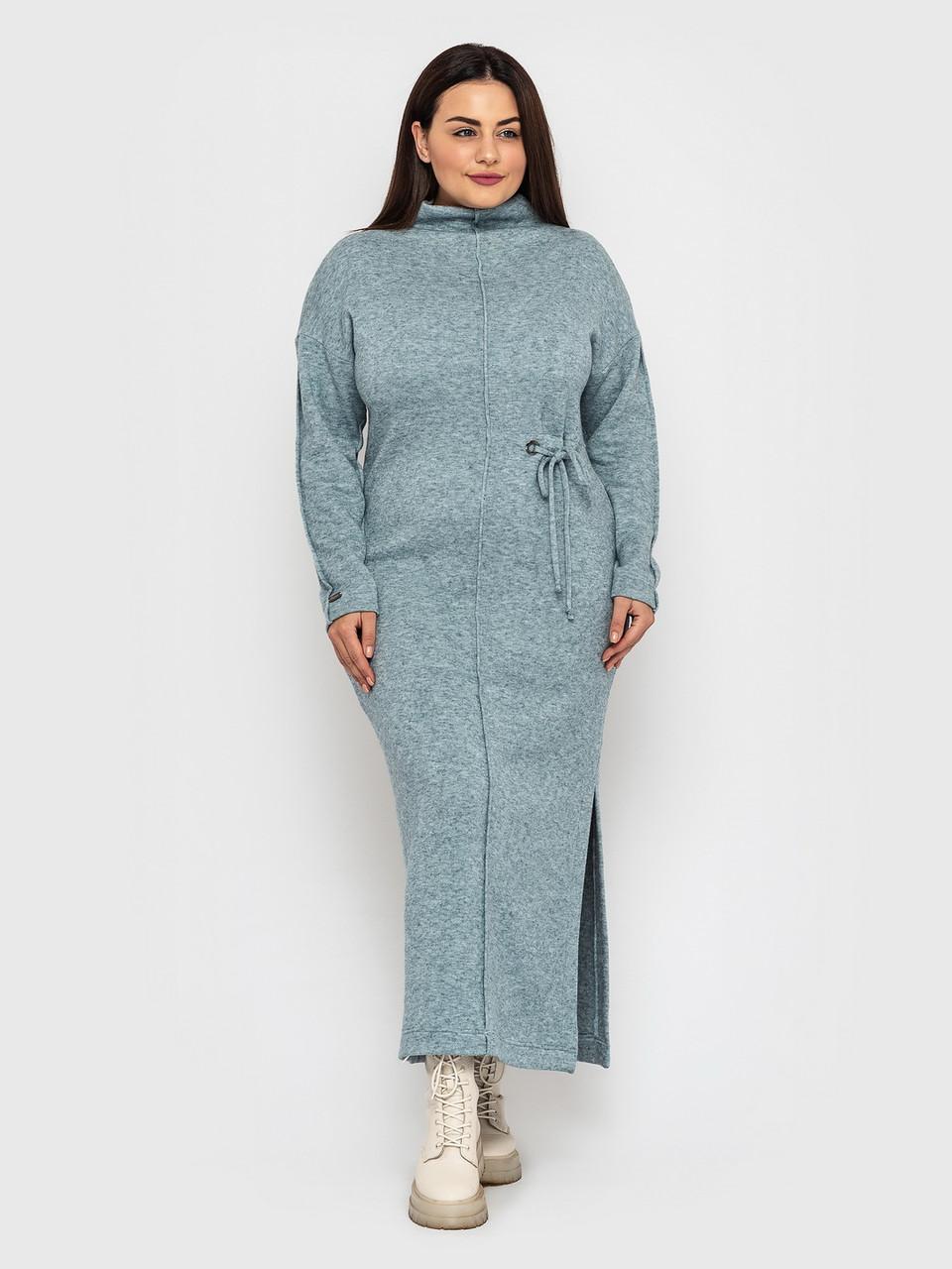 Стильное теплое платье больших размеров