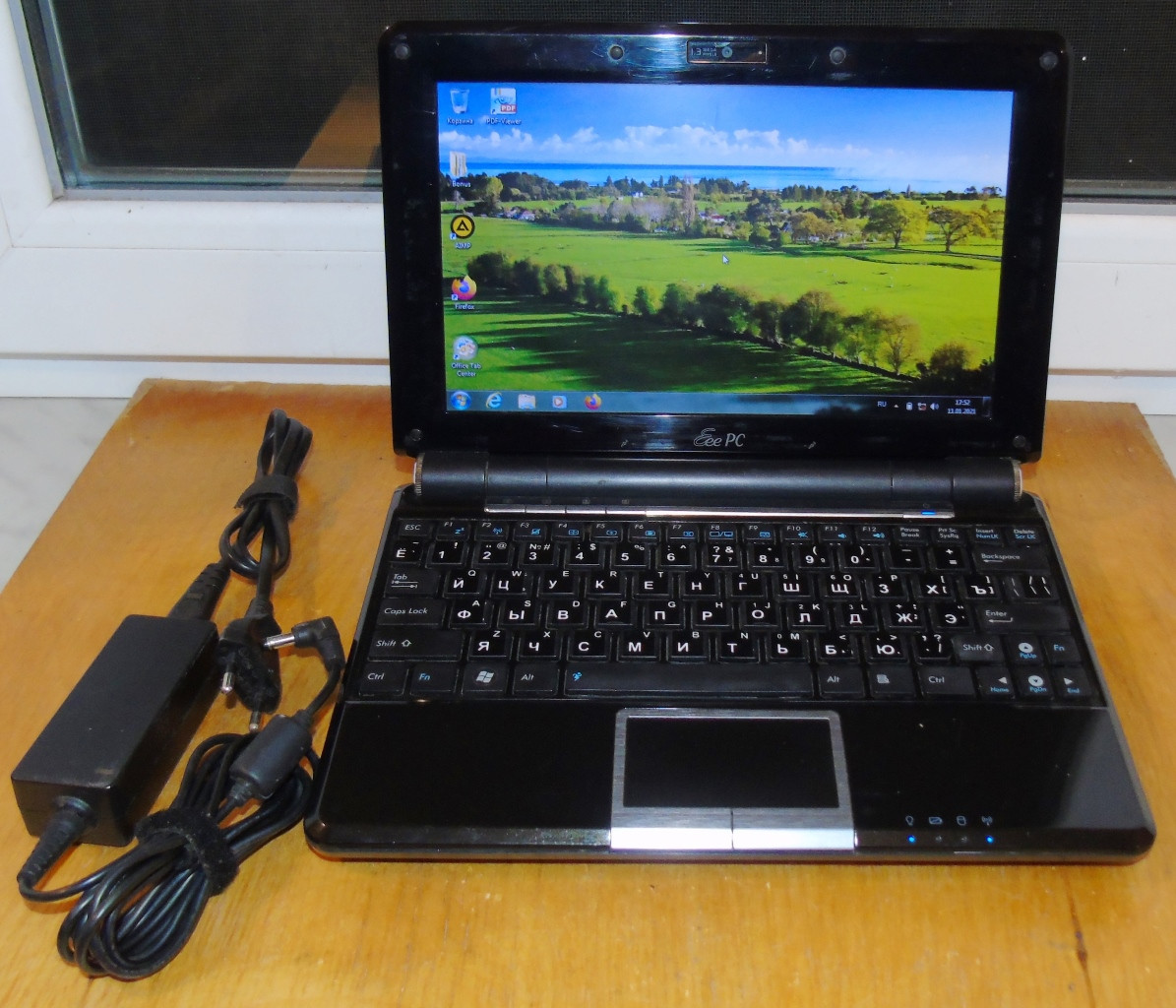 Нетбук ASUS Eee PC 1000HE Intel Atom N280, 2GB DDR2, 160GB HDD Hitachi