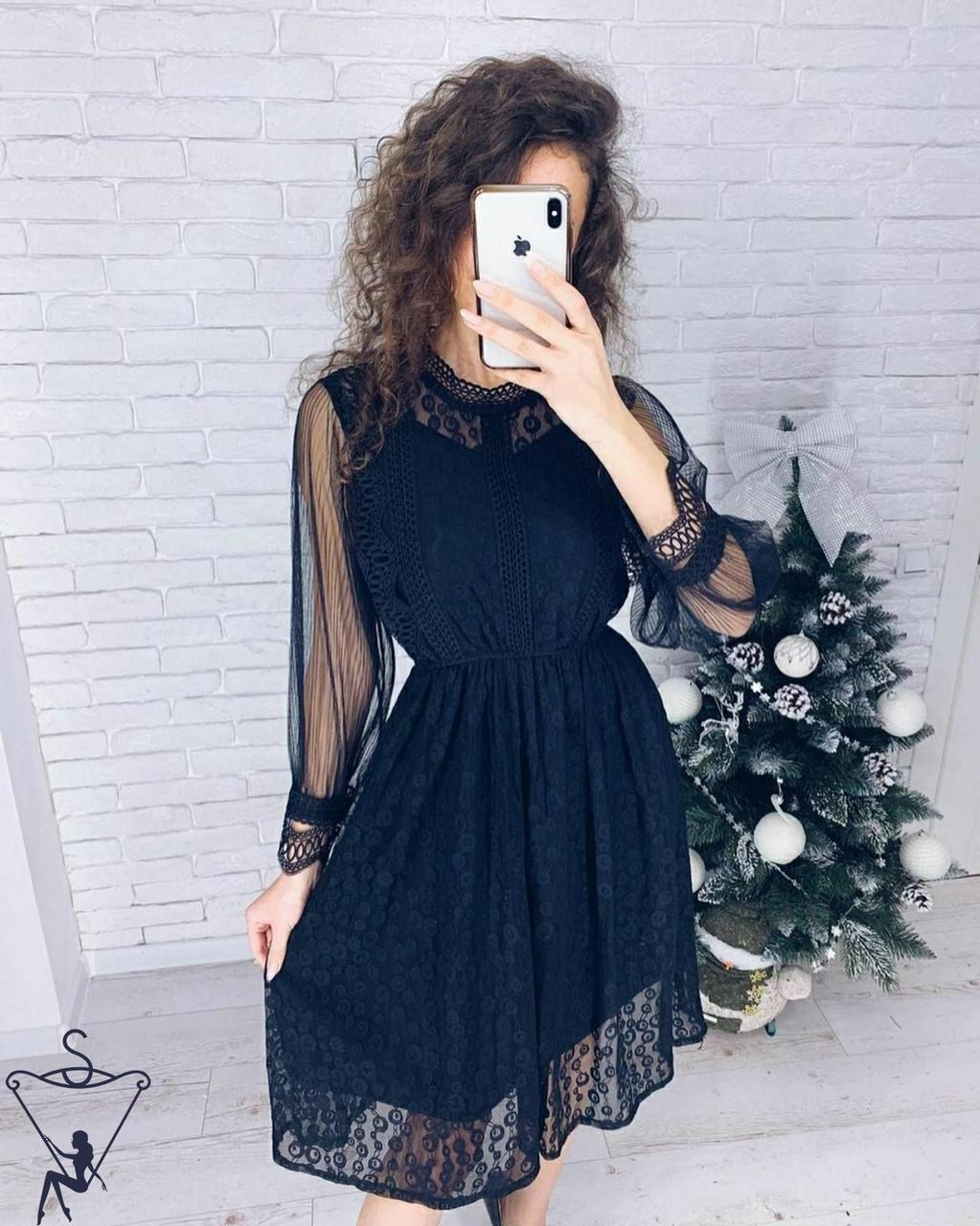 Платье нарядное черное