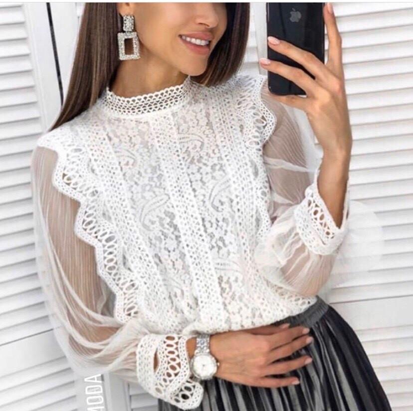 Нарядная    блузка  цвет белый , черный , пудра