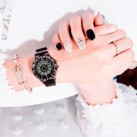 Женские наручные часы Cherry Blossom Rotating Watch Black с магнитным ремешком