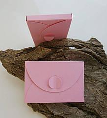 Подарунковий конверт-коробочка 60х90х8 мм з кольорового дизайнерського картону Рожевий