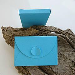 Подарунковий конверт-коробочка 60х90х8 мм з кольорового дизайнерського картону Блакитний